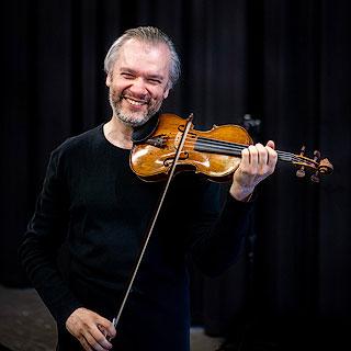Alexander Trostiansky – Violin
