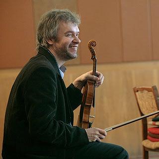 Alexander Trostiansky – Violin.