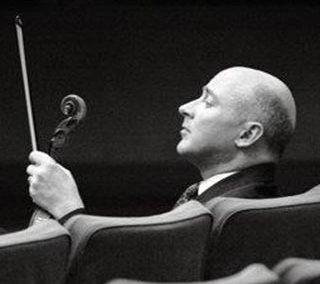 David Russell – Violon.