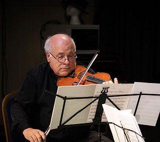 尚盧克·波爾薩雷羅 (Jean-Luc Borsarello) 藝術教學主管、小提琴家