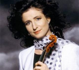 Madeleine Mitchell – Violine