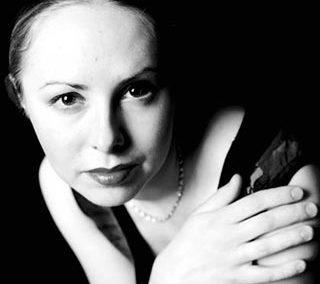 娜德日达·柯尔萨科娃(Nadezhda Korshakova)小提琴家
