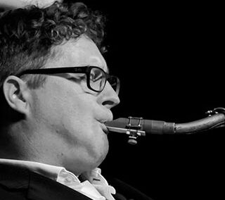 Craig Crofton – Saxofone
